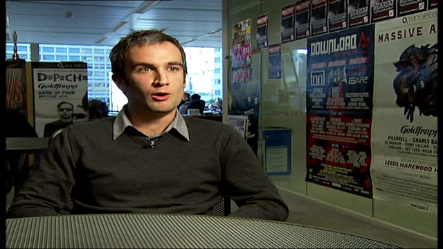 vídeos de stock, filmes e b-roll de husband of singer amy winehouse arrested on suspicion of perverting the course of justice stuart clarke interview sot - itv london tonight