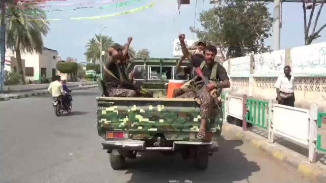 huthi rebels are deployed in the streets of the southern yemeni port city of hodeida as peace negotiators push to ensure the rebels and the... - shaky stock videos & royalty-free footage