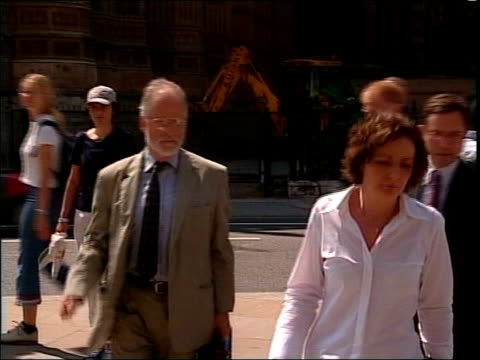 day 16 spymaster evidence lib wesminster mod scientist dr david kelly arriving to give evidence to the foreign affairs committee pan lib dossier... - weapons of mass destruction stock videos & royalty-free footage