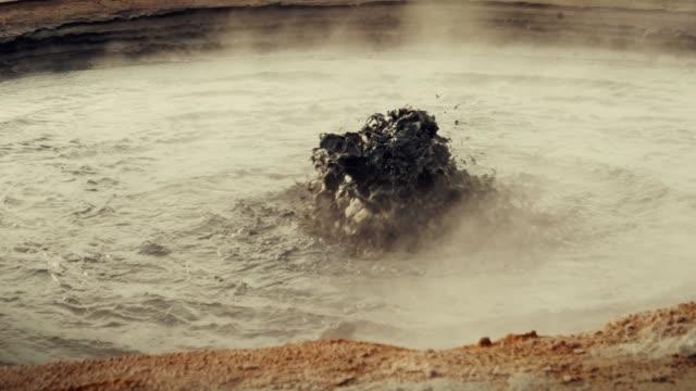 Hverarond geothermische Gebiet. Zischen dampfdüsen