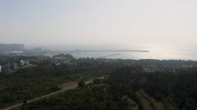 vídeos y material grabado en eventos de stock de hwasunhang port and nearby area / seogwipo-si, jeju-do, south korea - embarcadero