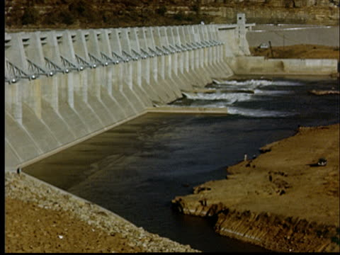 ms, pan, hydroelectric dam, oklahoma, usa - hydroelectric power stock videos & royalty-free footage