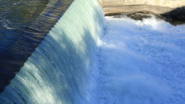 stockvideo's en b-roll-footage met hydropower dam - waterkracht