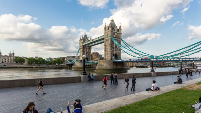 london - circa 2013: hyper lapse, hyperlapse, time lapse of tower bridge during the day with people walking - london bridge england stock videos & royalty-free footage