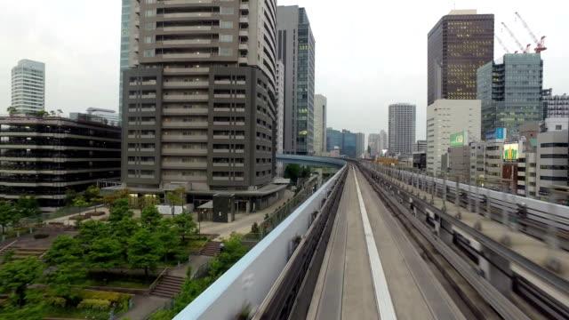 hyper lapse of monorail in tokyo, japan capital city. - モノレール点の映像素材/bロール