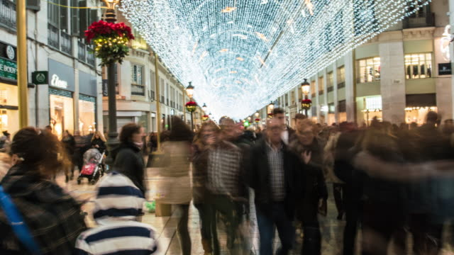 hyperlapse 4k christmas street with lights - spanien stock-videos und b-roll-filmmaterial