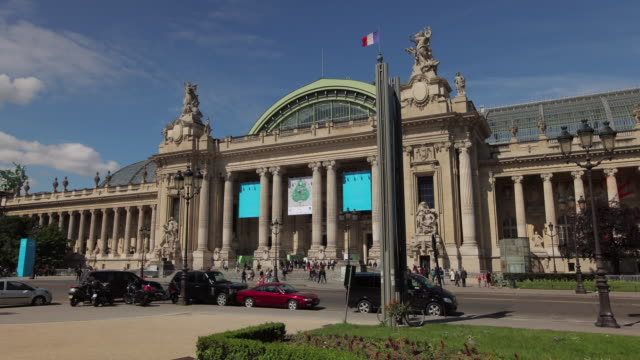 TL Hyperlapse across Grand Palais