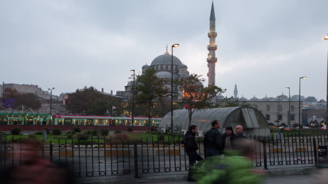 tl hyperlapse across new mosque day to night - yeni cami mosque stock videos & royalty-free footage