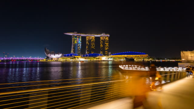 TL WS Hyperlapse along Marina Bay and Singapore Skyline at night