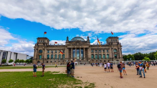 hyperlapse: berlin reichstag building, germany - the reichstag stock videos & royalty-free footage