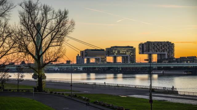 hyperlapse: kranhäuser in köln - river rhine stock videos and b-roll footage