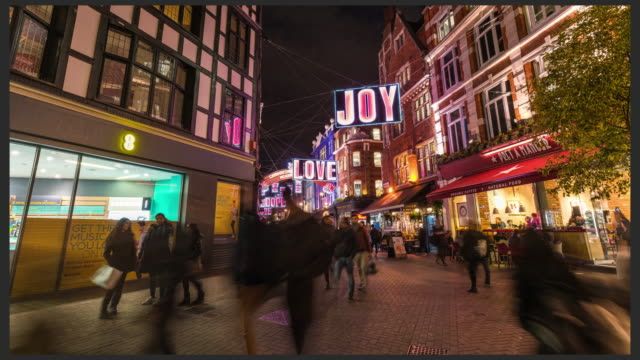 LONDON: Hyperlapse of Carnaby street with Christmast Light