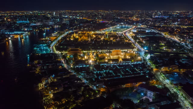 hyperlapse of grand palace in night - bangkok stock videos & royalty-free footage