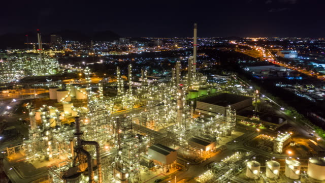 hyperlapse of oil refinery industry in night time - chemistry stock videos & royalty-free footage