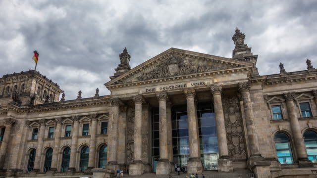 hyperlapse of reichstag in berlin, germany - the reichstag stock videos & royalty-free footage