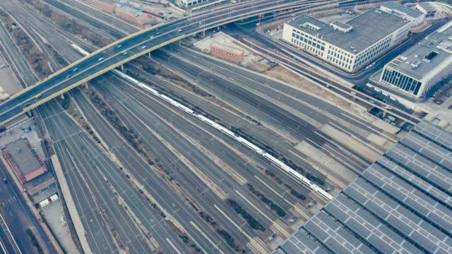 駅に到着した列車の hyperlapse - 高速列車点の映像素材/bロール