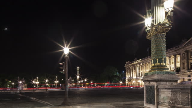 hyperlapse on place de la concorde with light trails on street at night - guillotine stock videos & royalty-free footage