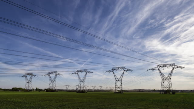stockvideo's en b-roll-footage met tl / hyperlapse on road along power lines - bord hoogspanning
