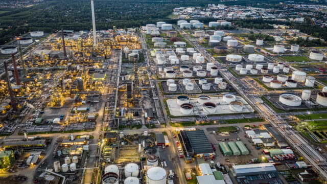 hyperlapse: petrochemical plant - chemical stock videos & royalty-free footage