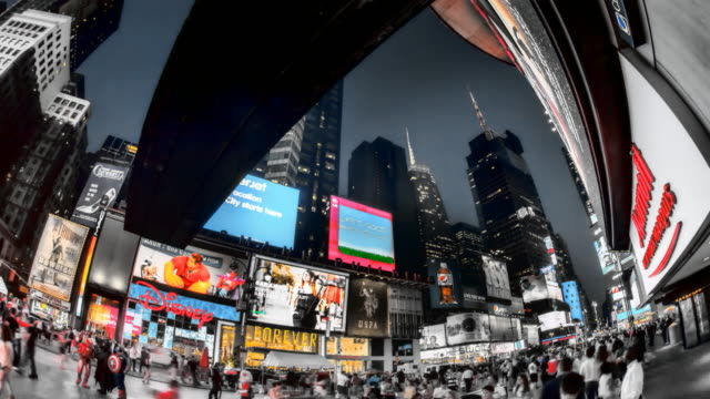 stockvideo's en b-roll-footage met hyperlapse through times square at sunset - chaos