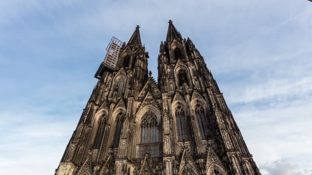 vídeos de stock, filmes e b-roll de cologne - circa 2013: hyperlapse, time lapse of cologne cathedral in sunny and cloudy day in cologne, germany - 2013