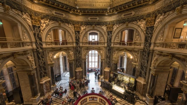 hyperlapse timelapse cafe national history museum, vienna, austria, europe. - time-lapse - wien stock-videos und b-roll-filmmaterial
