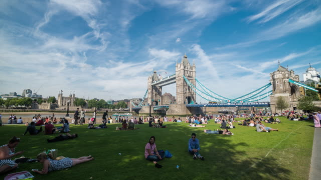 hyperlapse timelapse of tower bridge and potters fields park, london, england, uk, europe. - time-lapse - public park stock videos & royalty-free footage