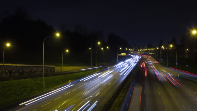 Hyperlapse / TL on bridge over a city ring road
