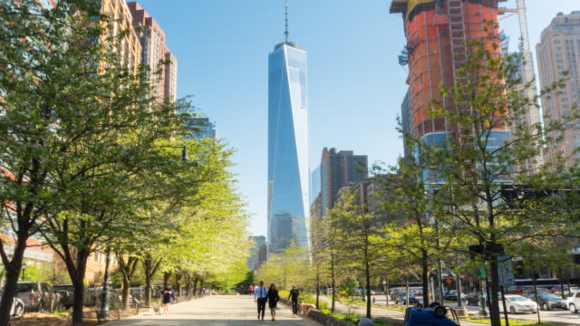 pov hyperlapse towards freedom tower, manhattan financial district - one world trade center stock-videos und b-roll-filmmaterial