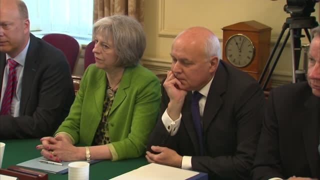 iain duncan smith speaks publicly after resignation lib / iain duncansmith sitting with theresa may mp home secretary at cabinet meeting david... - minister stock-videos und b-roll-filmmaterial