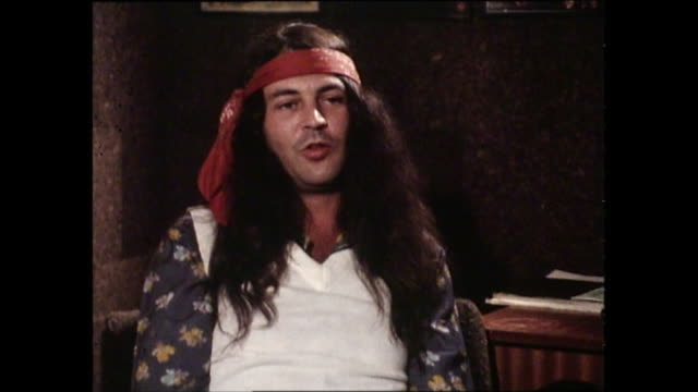 ian gillan interview with donnie sutherland re ac/dc and rose tattoo - ian gillan stock-videos und b-roll-filmmaterial