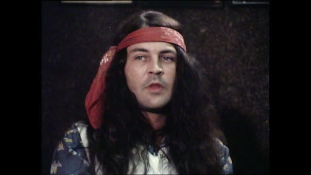 ian gillan interview with donnie sutherland re naming gillan band - ian gillan stock-videos und b-roll-filmmaterial