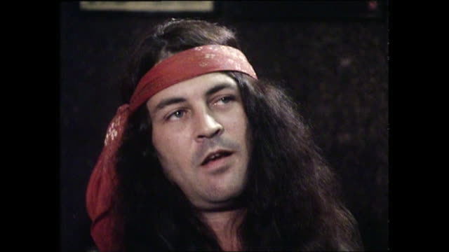 ian gillan interview with donnie sutherland re time with deep purple and leaving the band - ian gillan stock-videos und b-roll-filmmaterial