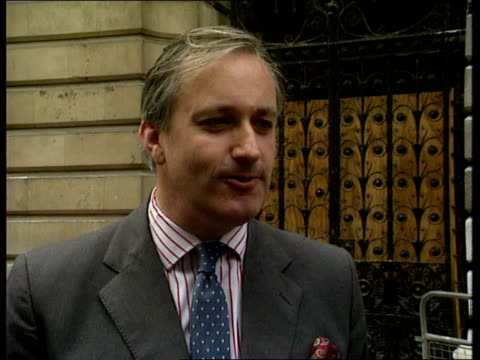 ian gow murdered intvw neil hamilton mp intvw kenneth baker mp - parlamentsmitglied stock-videos und b-roll-filmmaterial