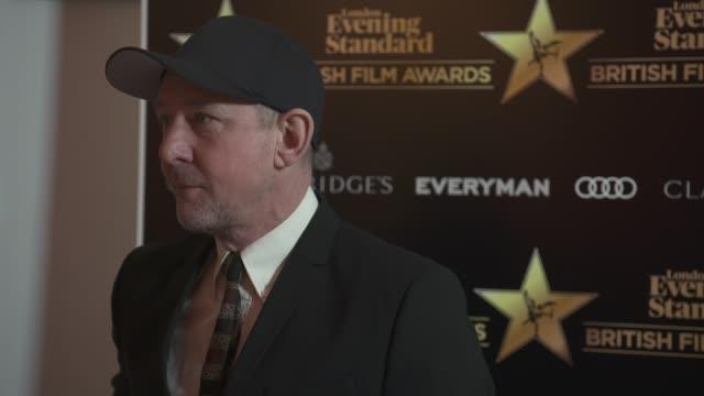 ian hart at evening standard british film awards at claridge's hotel on february 8, 2018 in london, england. - 映画賞点の映像素材/bロール