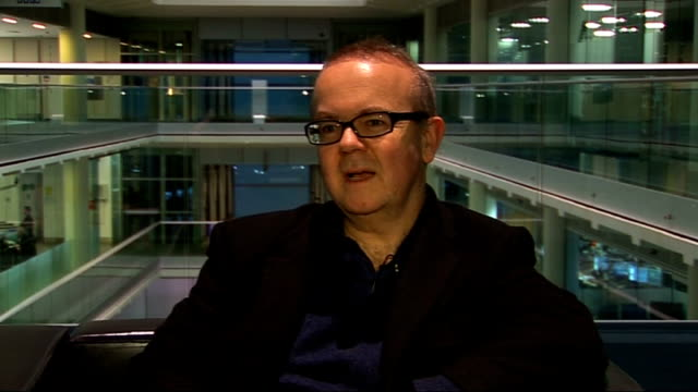 london gir int ian hislop posing with copy of 'private eye annual 2008' and interview sot on private eye something for everyone on gloomy year book... - ian hislop stock videos and b-roll footage
