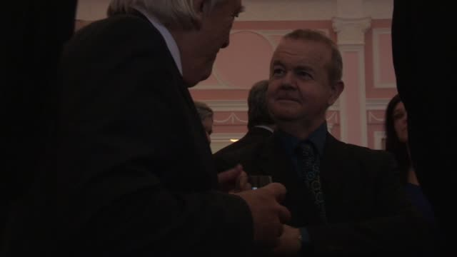 ian hislop - the oldie's at simpsons in the strand on february 12, 2013 in london, england - ian hislop stock videos & royalty-free footage