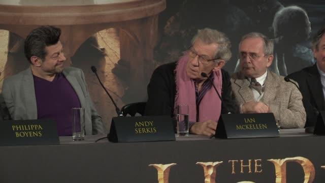 ian mckellen at 'the hobbit' uk press conference ian mckellen on dwarfs at claridges hotel on december 11 2012 in london england - ian mckellen stock videos and b-roll footage