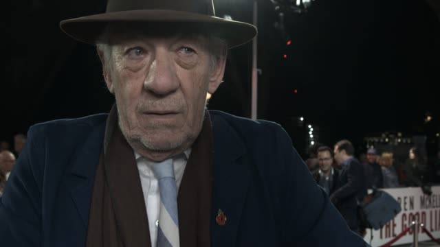 """ian mckellen on helen mirren on set and wanting to be her brother, being part of thriller at """"the good liar"""" world premiere at bfi southbank on... - ian mckellen stock videos & royalty-free footage"""