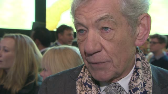 ian mckellen on his character, the franchise coming to an end, the appeal to audiences at 'the hobbit: the battle of the five armies' world premiere... - the hobbit: the battle of the five armies stock videos & royalty-free footage