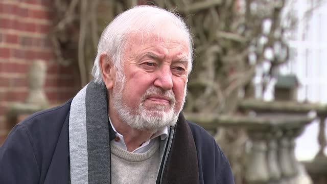 ian st john dies aged 82; england: ext jimmy tarbuck interview sot - news not politics video stock e b–roll