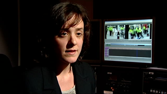 police officer will not face prosecution int sarah mcsherry interview sot ian tomlinson's widow julia tomlinson stand talking to press deborah coles... - widow stock videos and b-roll footage