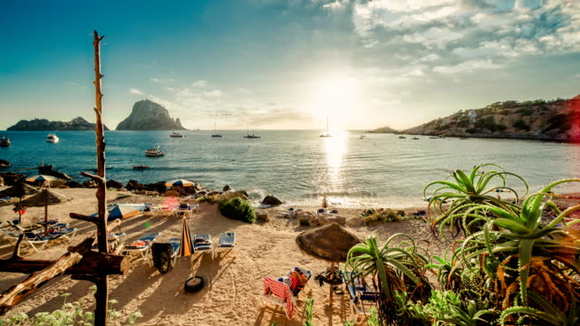 ibiza beach - bay of water stock-videos und b-roll-filmmaterial
