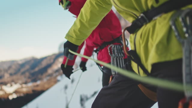 ice climbing rope - cold temperature stock videos & royalty-free footage