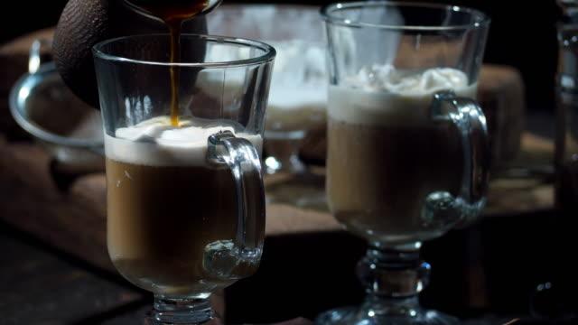 stockvideo's en b-roll-footage met ijs koffie - koffie drank