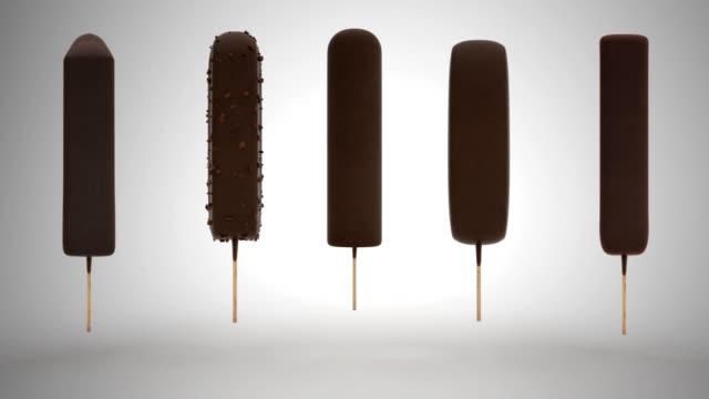 ice cream - вращение мороженого - ice cream stock videos & royalty-free footage
