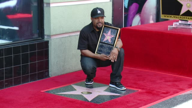 stockvideo's en b-roll-footage met ice cube at ice cube honored with star on the hollywood walk of fame on june 12, 2017 in hollywood, california. - fame