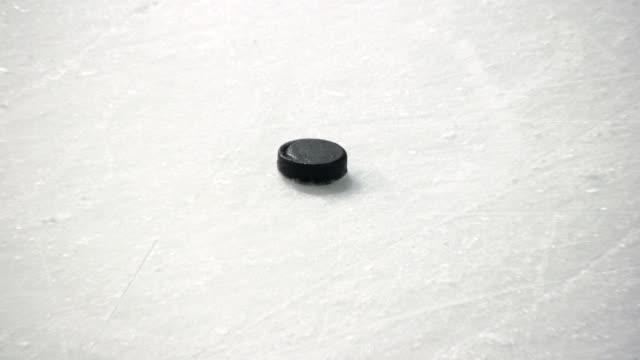 (HD) hockey su ghiaccio