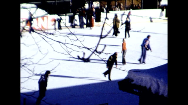 stockvideo's en b-roll-footage met ice skating in kitzbuhel 1977 - 1977
