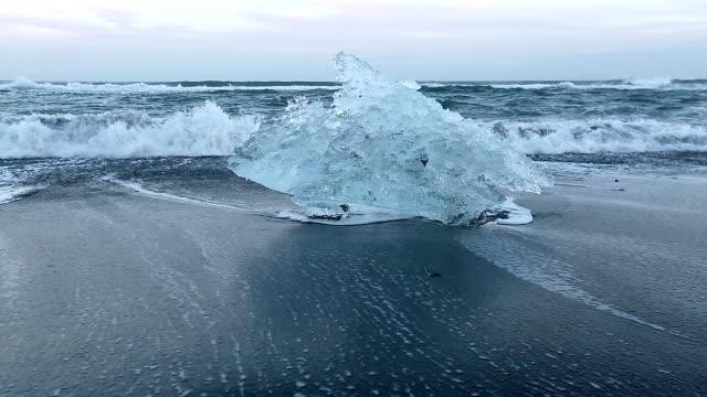 hd: iceberg beach jokulsarlon lagoon iceland - icecap stock videos and b-roll footage